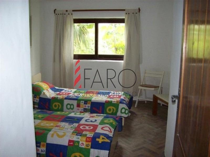 casa en solanas 2 dormitorios, jardín y piscina-ref:33246