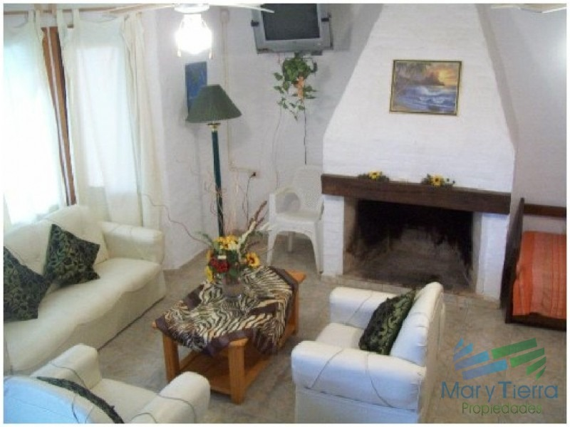 casa en solanas, 2 dormitorios *-ref:1600