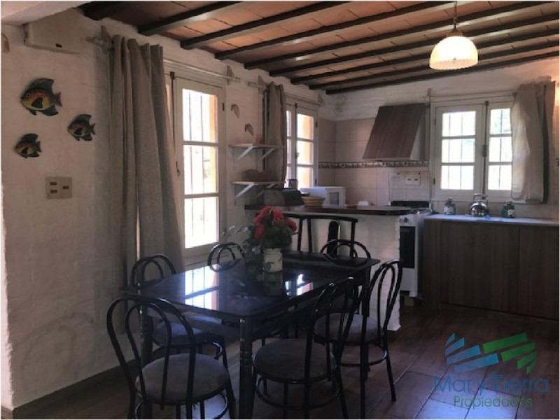 casa en solanas, 3 dormitorios *- ref: 1588