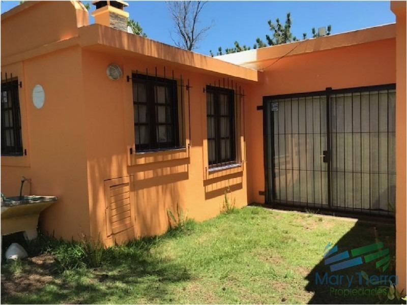 casa en solanas, 3 dormitorios *-ref:1588