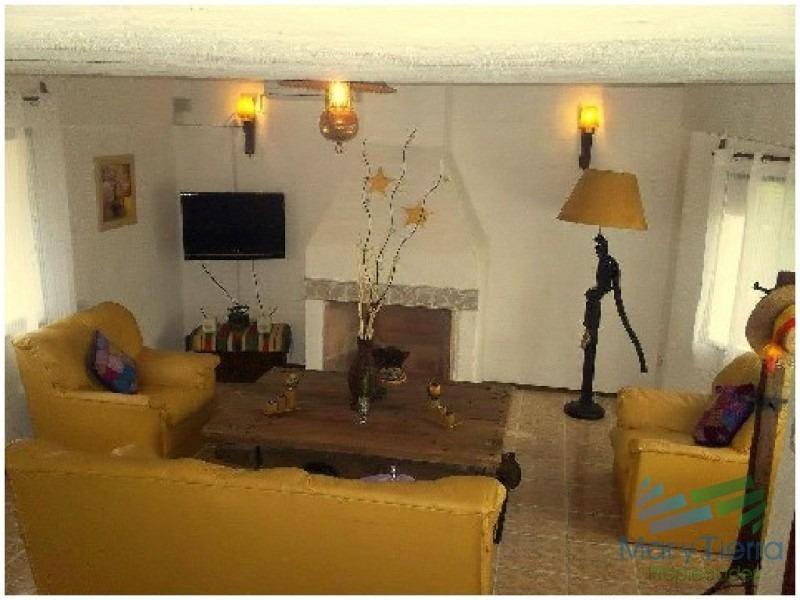 casa en solanas, 3 dormitorios *-ref:1589