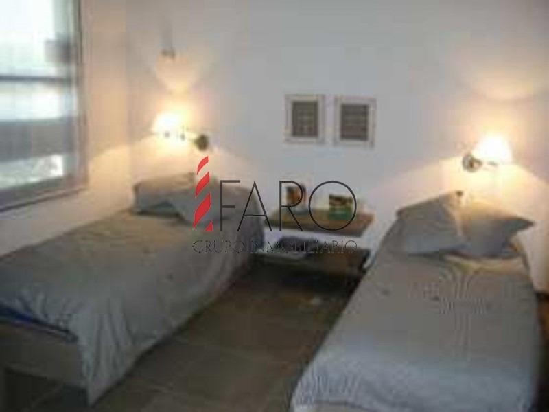 casa en solanas, 3 dormitorios *-ref:33437