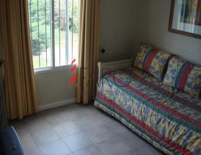 casa en solanas, 4 dormitorios *-ref:33464