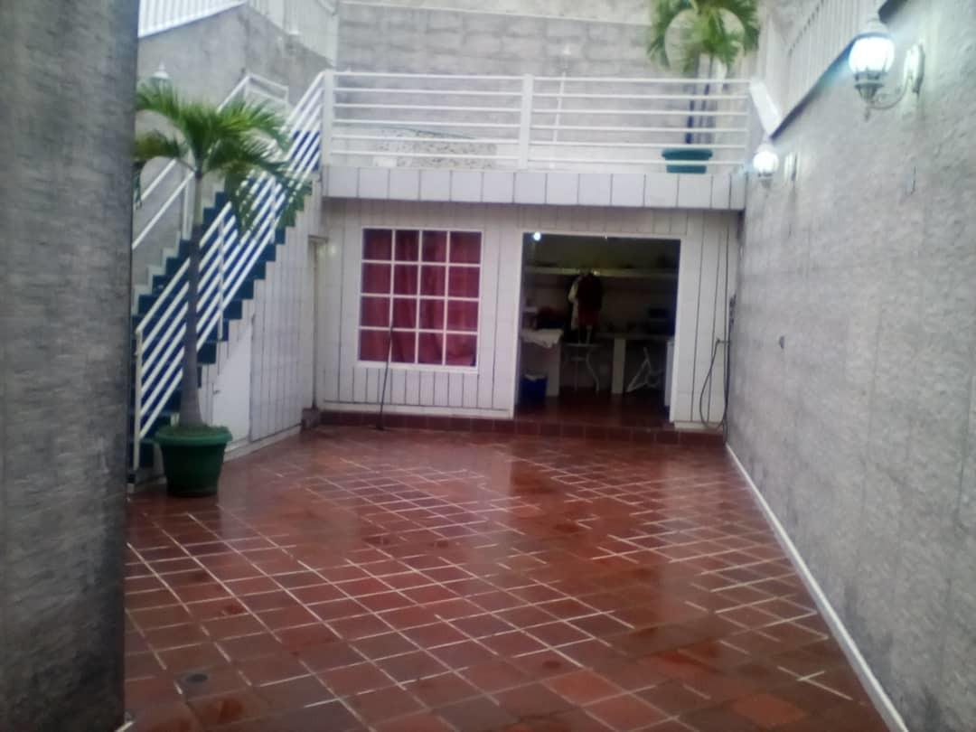 casa en valles de camoruco, res. inguvalca i. glc-313