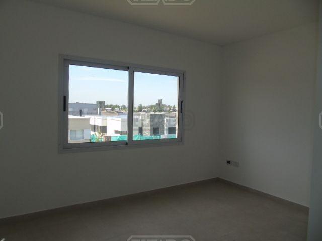 casa  en venta 140 ubicado en san eduardo, pilar del este