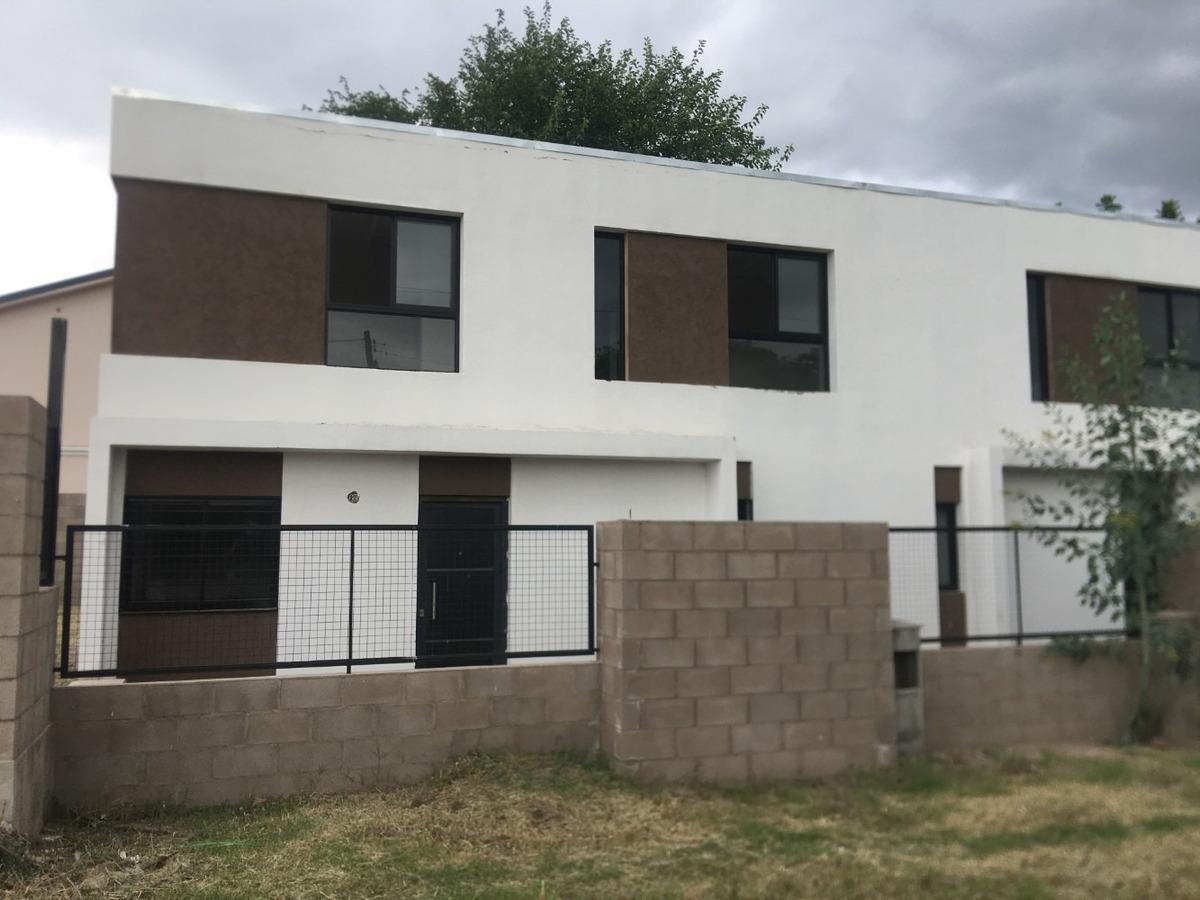 casa en venta 2 / 3 dorm - housing