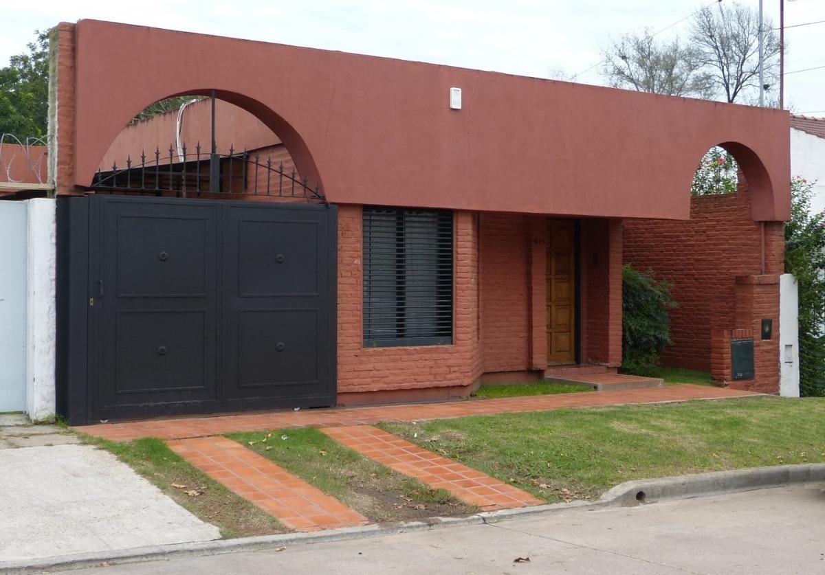 casa en venta, 2 dormitorios, barrio san bernardo, luján. ap