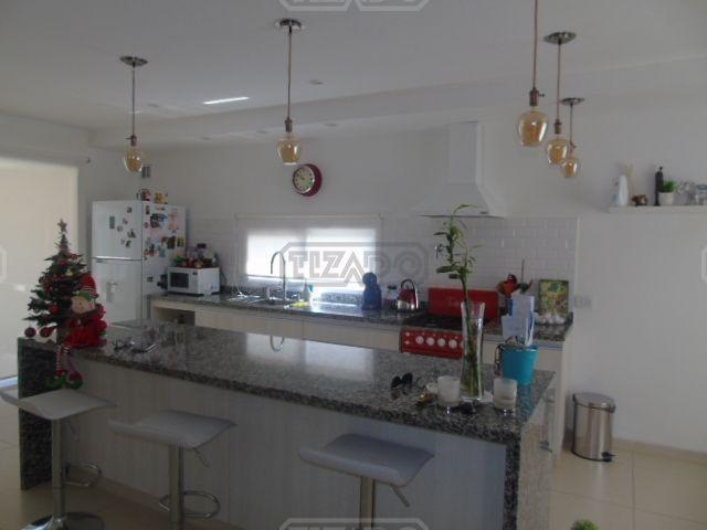 casa  en venta 228 ubicado en san eduardo, pilar del este