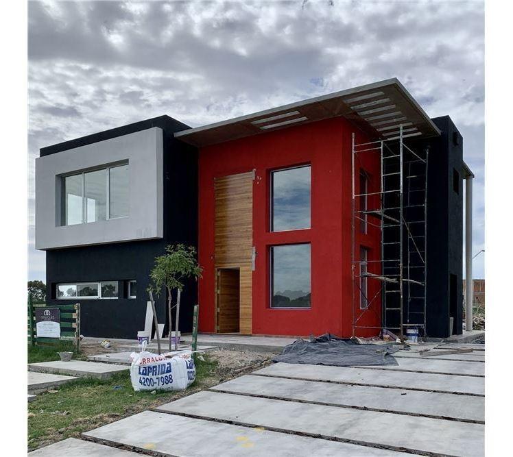 casa en venta 260 m2 - barrio  magallanes - hudson