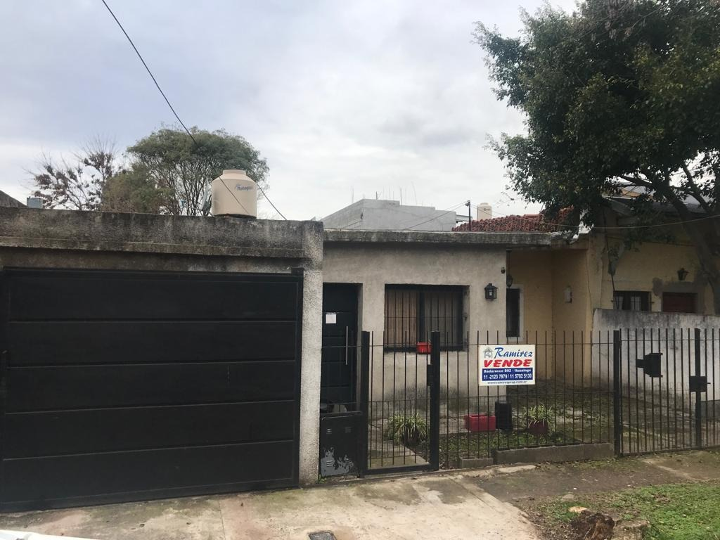 casa en venta 3 amb. a 500 mts. acceso oeste - ituzaingó norte