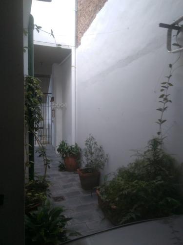 casa en venta 3 ambientes + dpto independiente al frente, ch