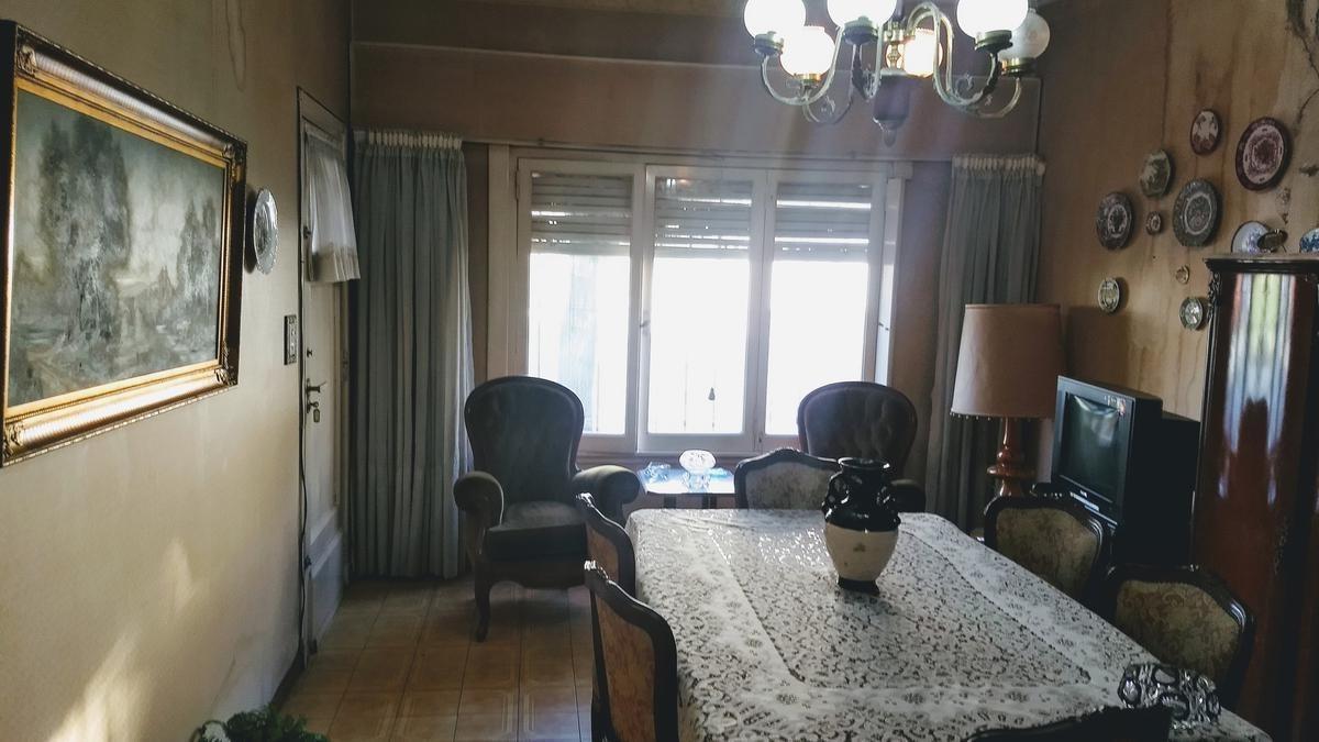 casa  en venta 3 ambientes olivos