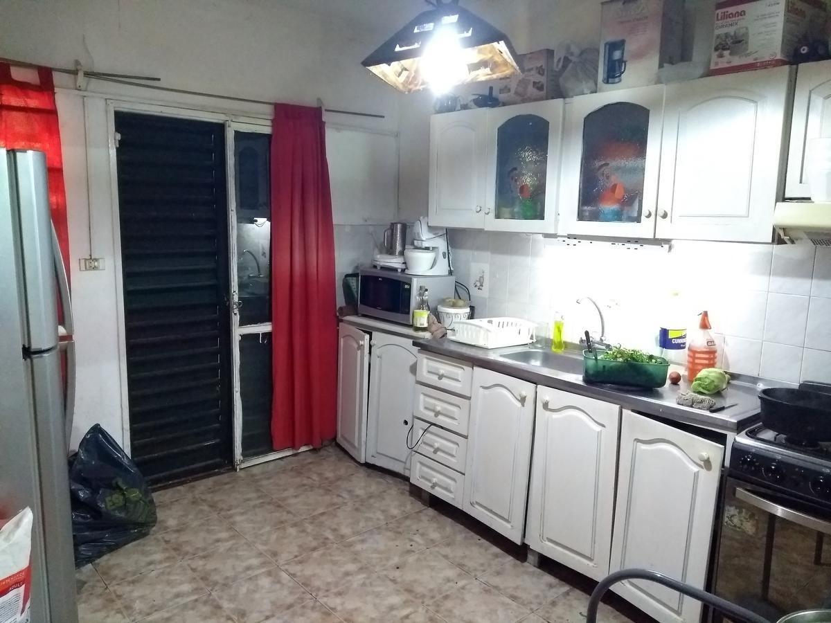casa en venta - 3 dorm - barrio los granados