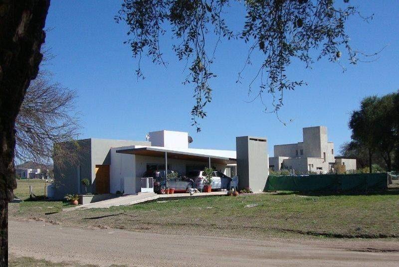 casa en venta 3 dormitorios en valle del golf
