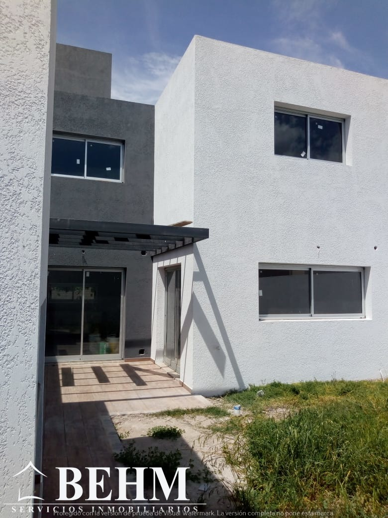 casa en venta 3 dormitorios housing zona norte con seguridad
