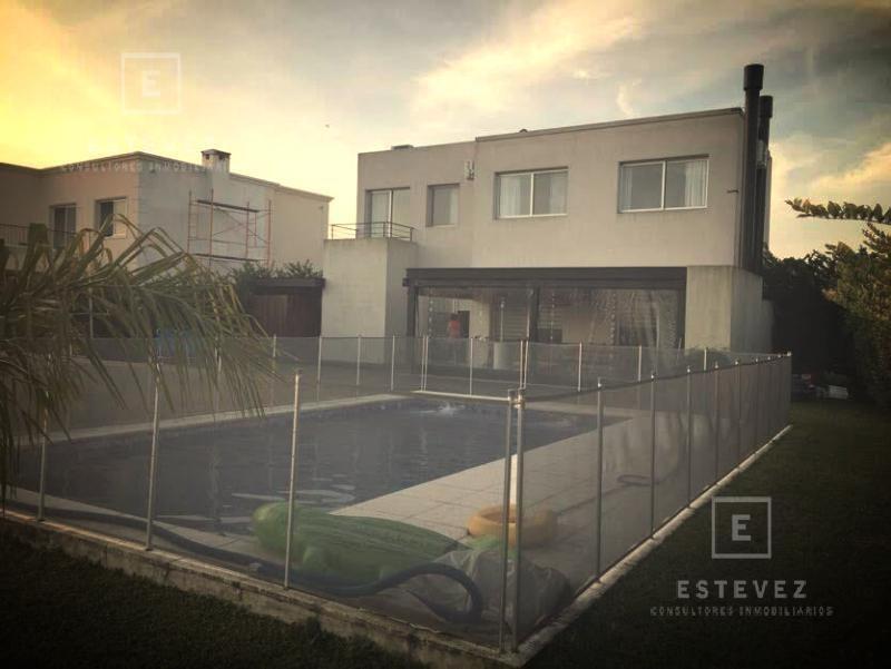 casa en venta 3 dormitorios, laguna - barrio cerrado san francisco villanueva tigre