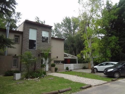 casa en venta 3 dormitorios y 3 baños en fincas de maschwitz