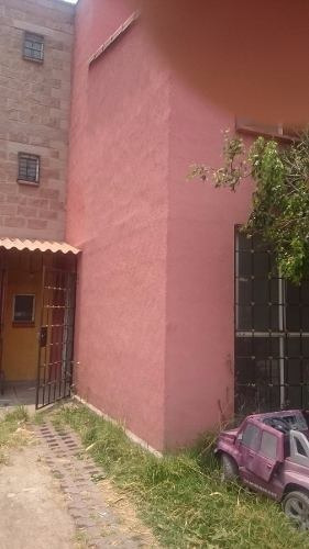 casa en venta 3 niveles en los portales tultitlan