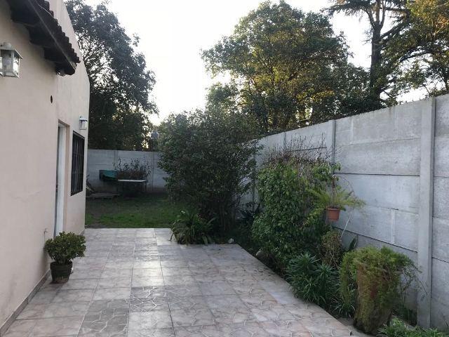 casa en venta 4 amb. 674 m2 parque a 400 mts. ruta 23 moreno