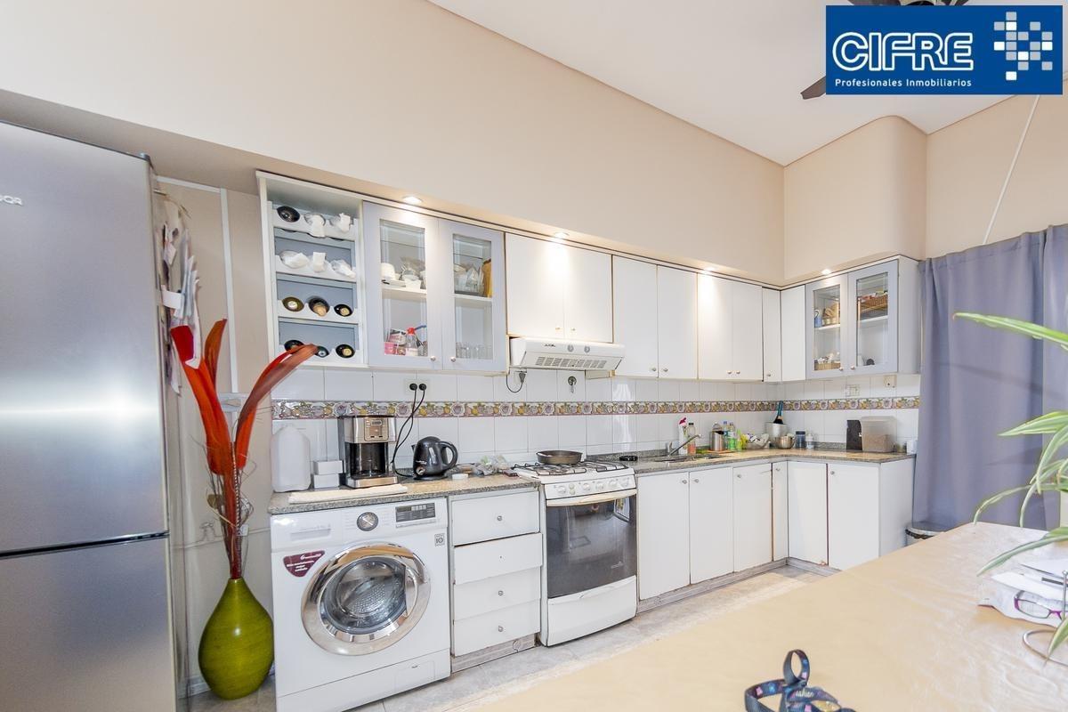 casa en venta 4 ambientes 3 baños, garage, patio, parrilla, terraza