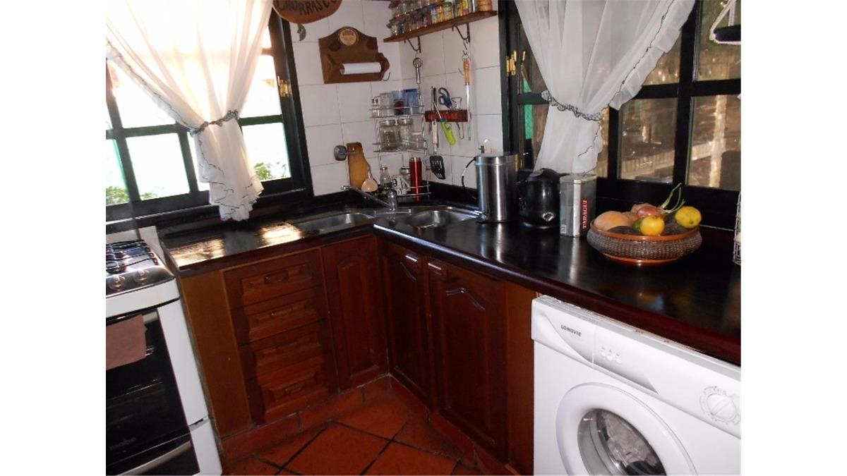 casa en venta :: 4 ambientes :: haras miriam :: 331m2