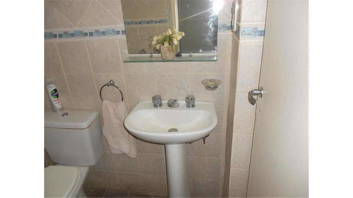 casa en venta :: 4 ambientes :: ituzaingo :: 722m2