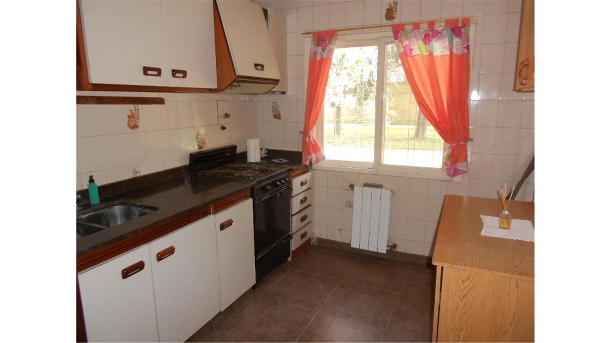 casa en venta :: 4 ambientes :: ituzaingo :: haras miriam
