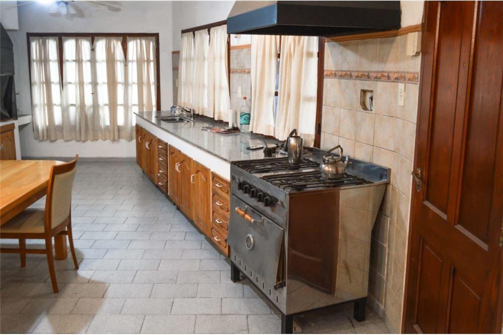 casa en venta 4 dormitorio barrio belgrano neuquen