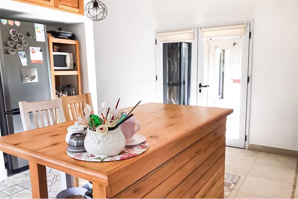 casa en venta 4 dormitorios pileta quincho