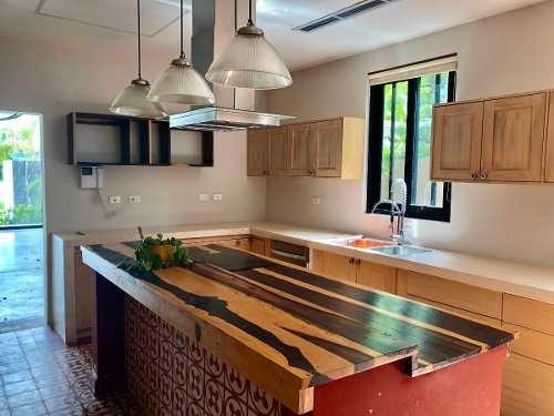 casa en venta 4 recamaras residencial lagos del sol cancun