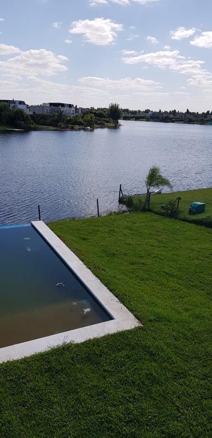 casa en venta 5 amb. a la laguna san francisco, villanueva - tigre