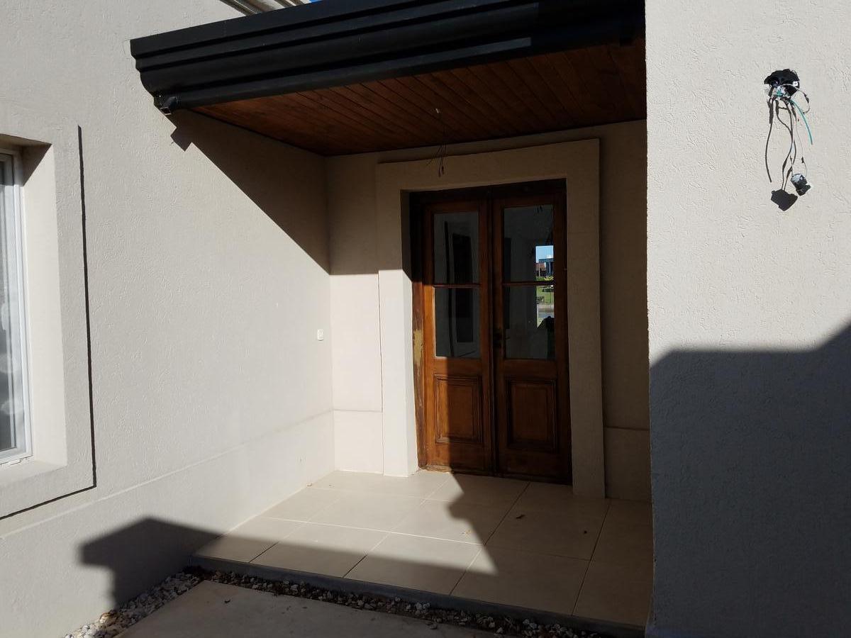 casa en venta 5 ambientes benavidez