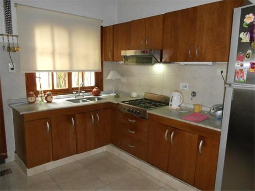 casa en venta :: 5 ambientes :: ituzaingo :: 219m2