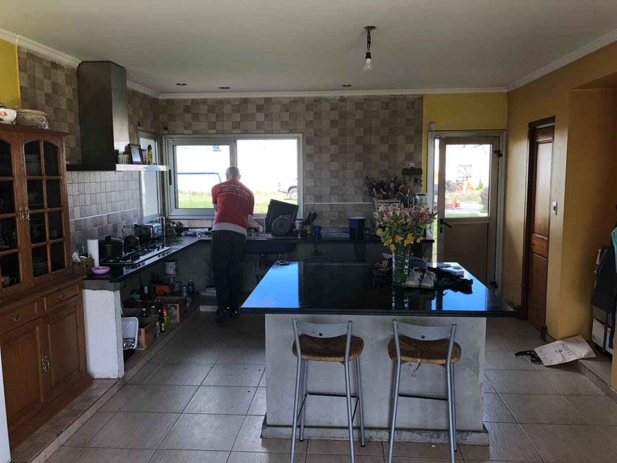 casa en venta 8 ambientes zona oeste