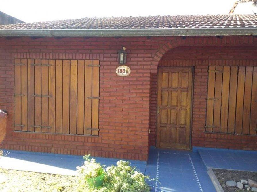 casa en venta a 1 cuadra de alem