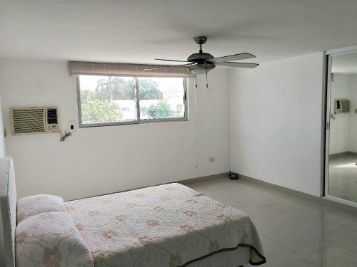 casa en venta a 2 cuadras de prolongacion paseo montejo. excelente inversion!