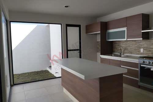 casa en venta a estrenar en villamagna $3'150,000