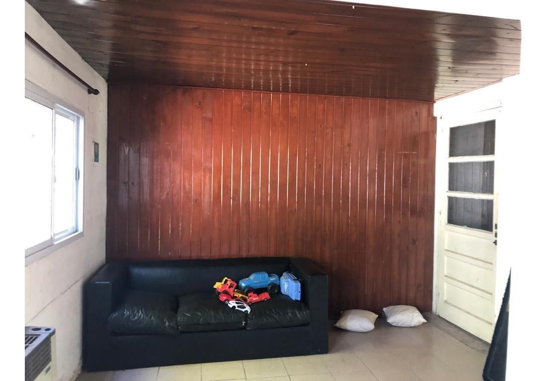 casa en venta a refaccionar 4 ambientes