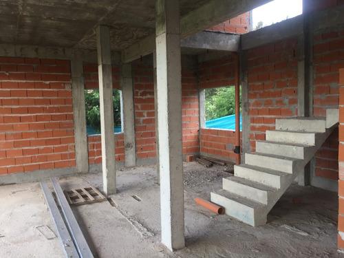 casa en venta a terminar en don joaquin canning
