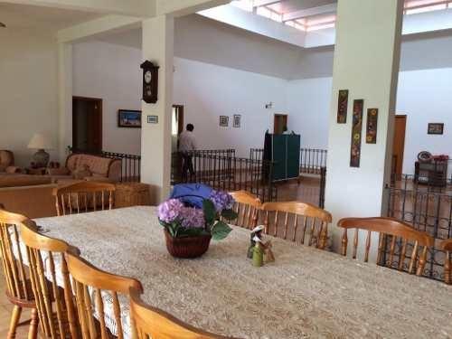 casa en venta a un paso del centro de oaxtepec