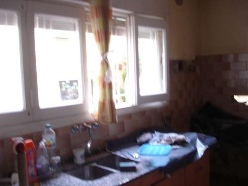 casa en venta -alquiler 4 dormit escritorio living comedor cocina