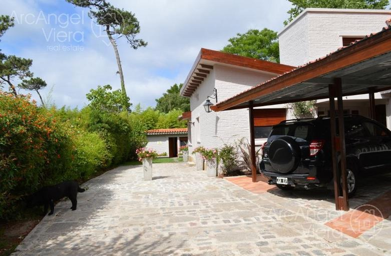 casa en venta   alquiler a pocas cuadras del mar playa mansa