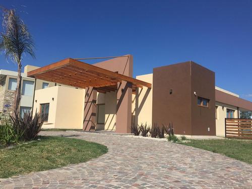 casa en venta / alquiler : canning : :   barrio don joaquin - lote 84