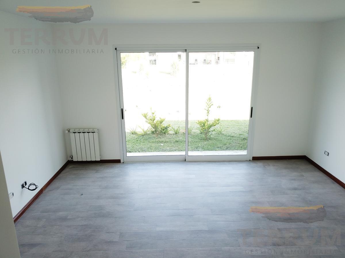 casa en venta / alquiler : canning :: santa juana