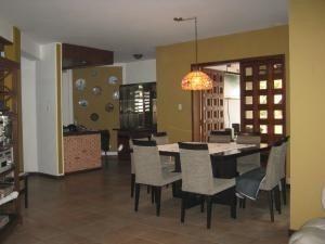 casa en venta altos de guataparo valencia 20-2376 dam