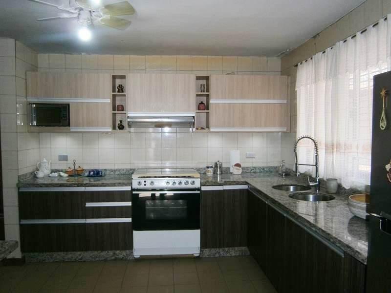 casa en venta altos de guataparo valencia cod 20-727 ar