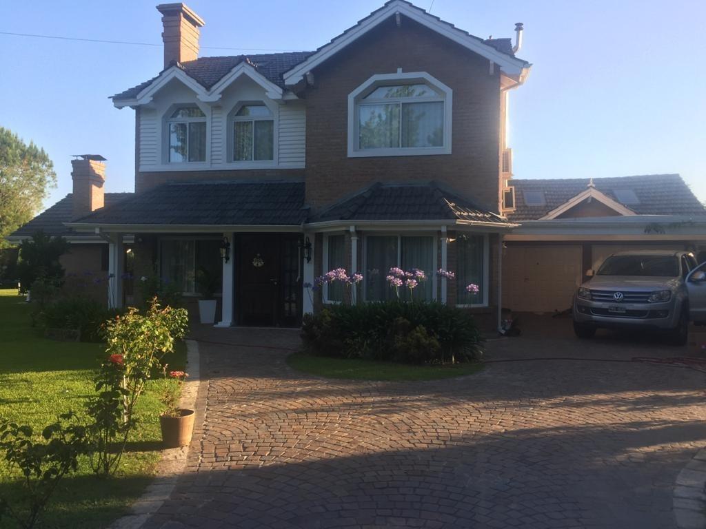 casa en venta amoblada en náutico escobar country club