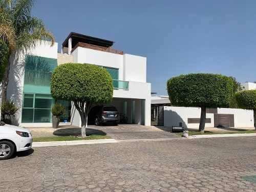 casa en venta amplia en lomas de angelopolis 1