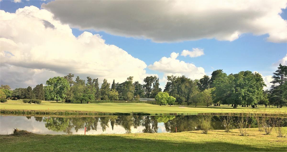 casa en venta argentino golf club.