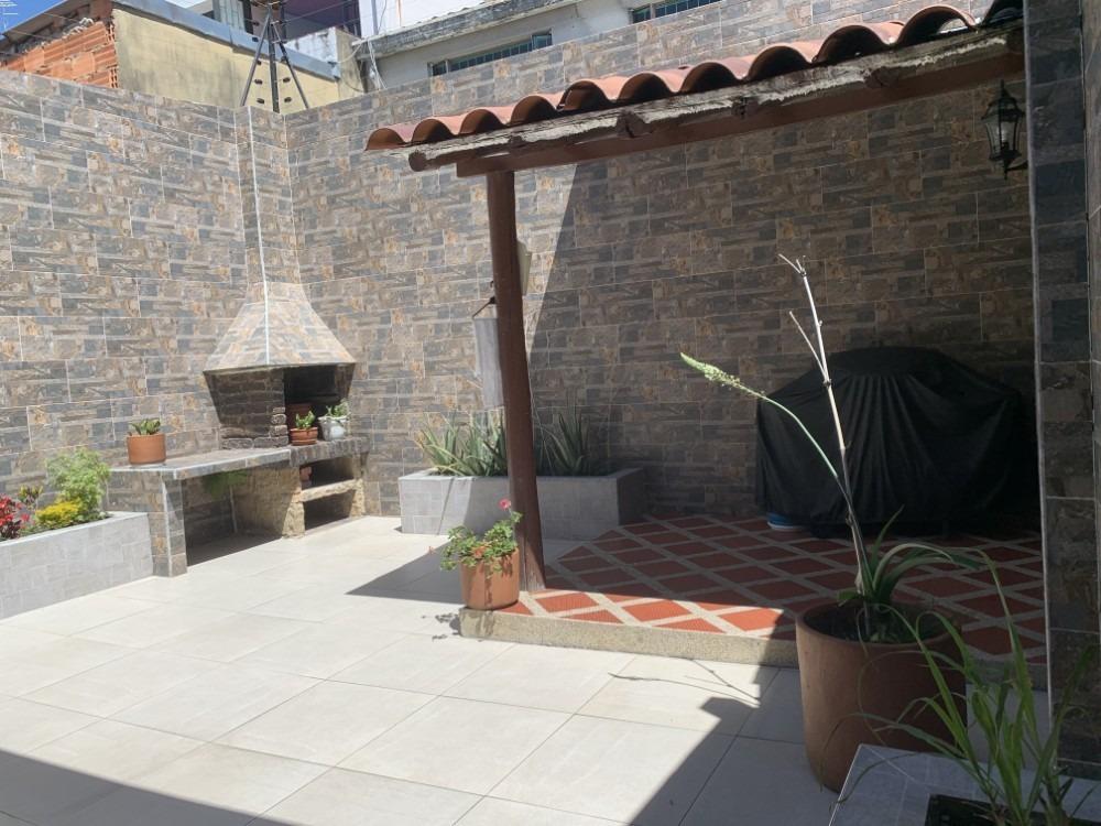 casa en venta barrio alhambra mls 20-1180
